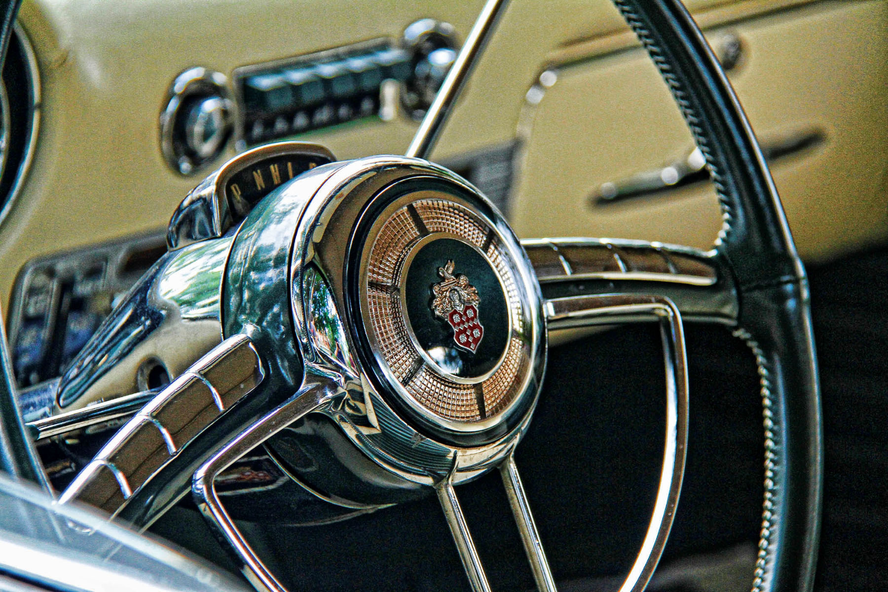 1953-GREEN-CONCEPT-PACKARD-CONVERTIBLE-STEERING-WHEEL-copy