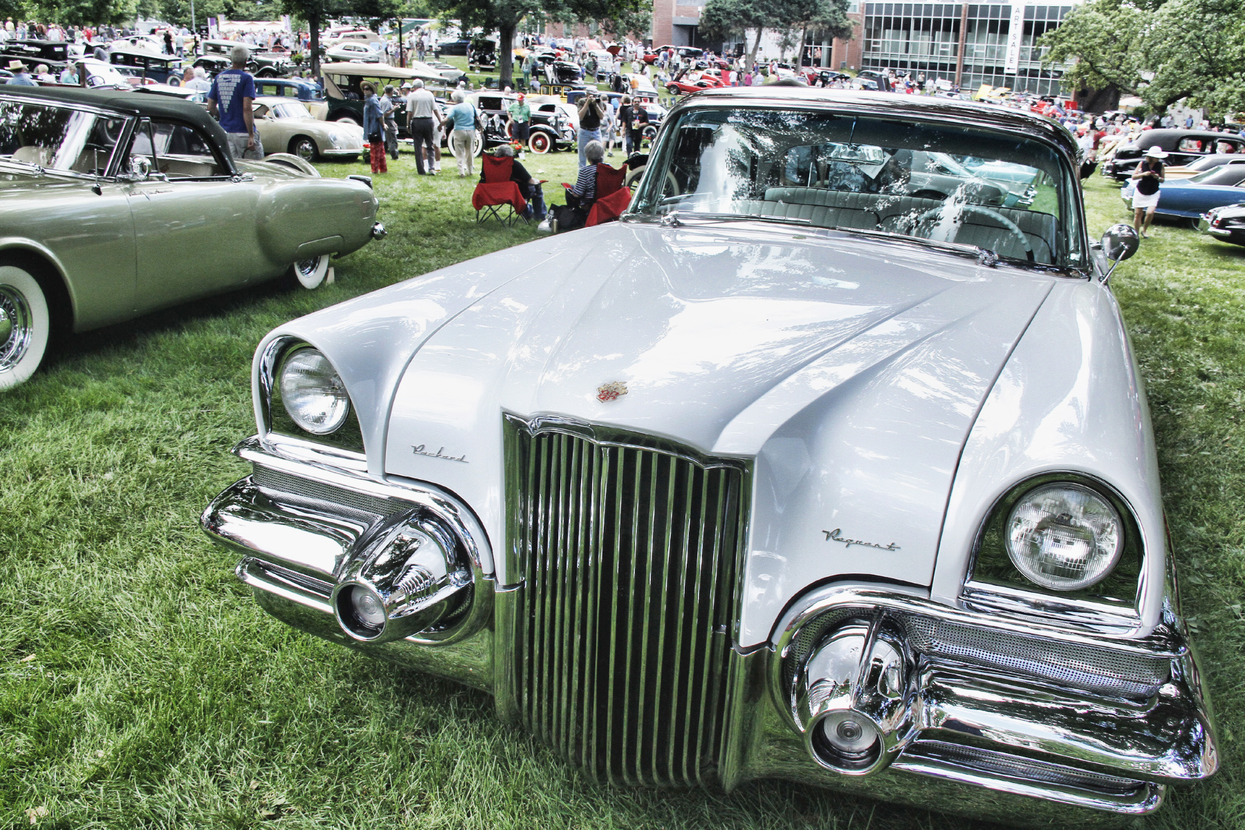 TWO-PACKARD-CONCEPT-CARS-BUILT-IN-1953