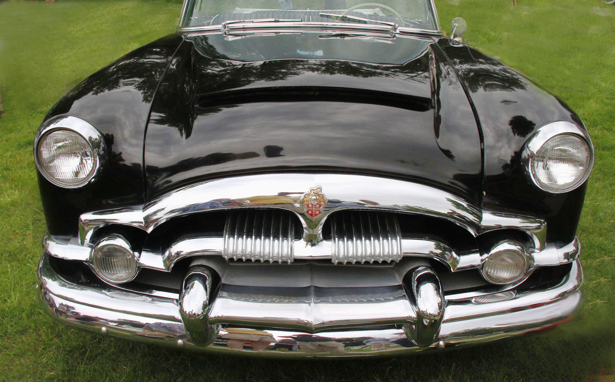 1953_PACKARD_CARRIBEAN_GRILL