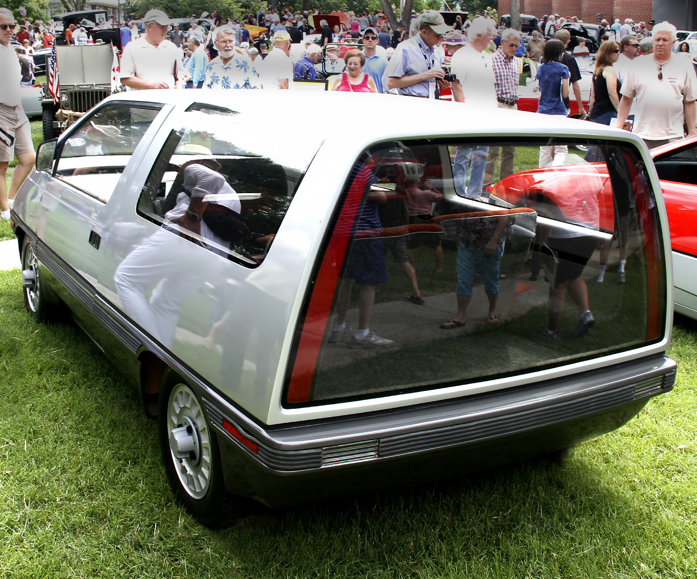 1973_FORD_MINIMAX__REAR_VIEW_by_LEE_IOCOCA_PRECEEDS_CHRYSLER