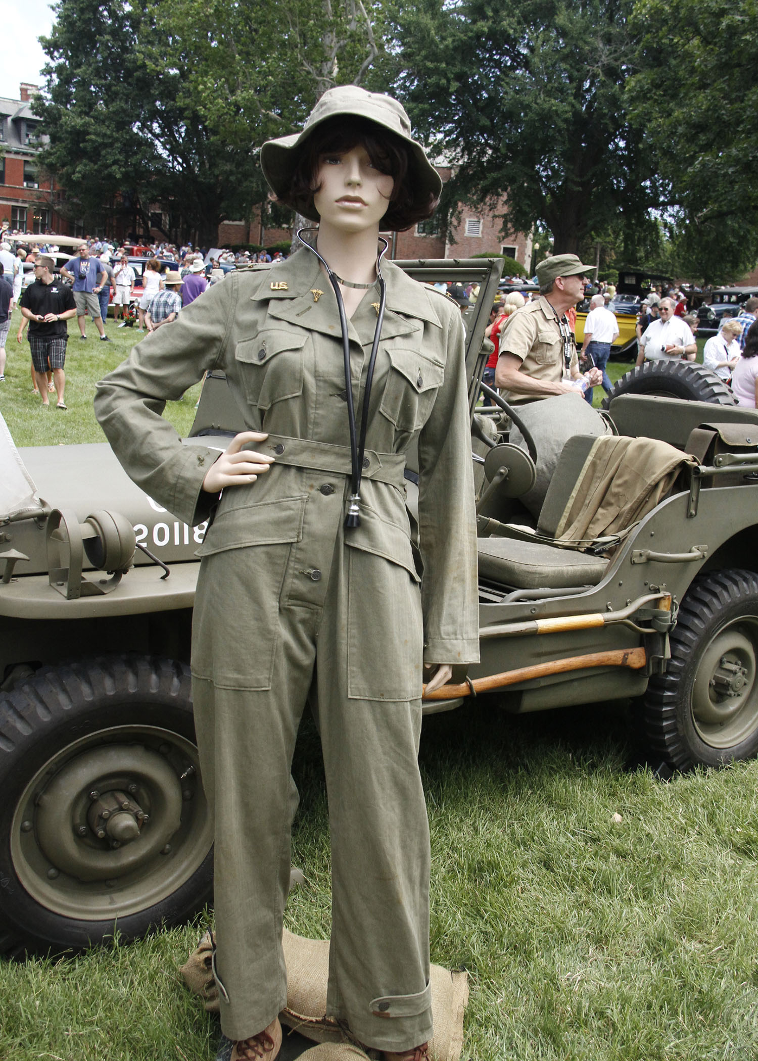 NURSE_IN_FRONT_OF_JEEP